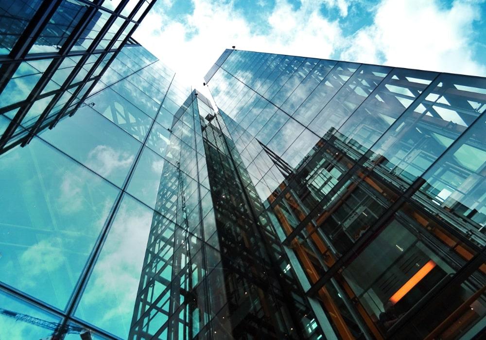 Création d'entreprise à Chambéry : comment choisir le statut fiscal et social de votre entreprise ?